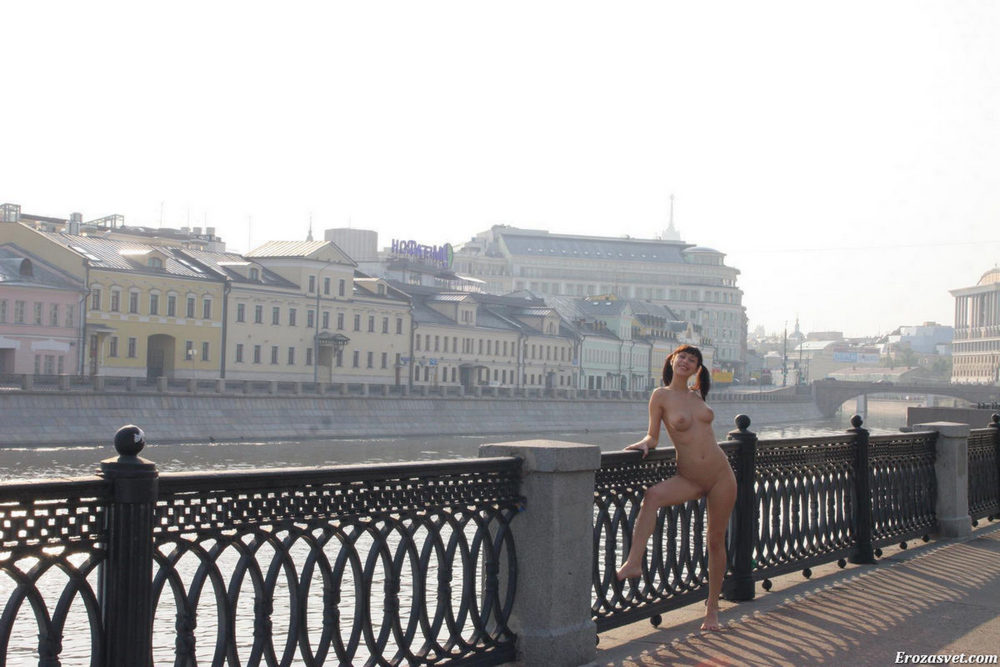 Busty Brunette On The Embankment In Moscow Russian Sexy Girl Scandal Planet 1