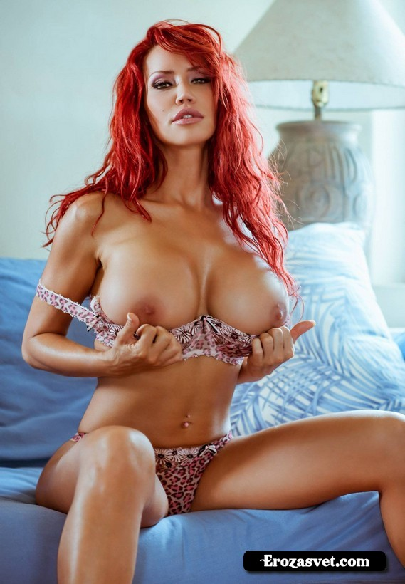 Realbooru Bianca Beauchamp Bra Breast Grab Breasts Erect Assoass 1