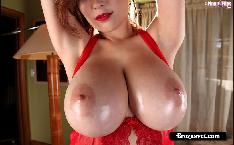 Сексуальная девица Tessa Fowler Red Cleavage ero pictures